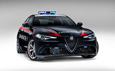 Обои автомобили Alfa Romeo Giulia Quadrifoglio Carabinieri - 2016