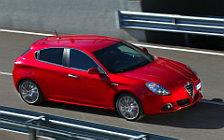 Обои автомобили Alfa Romeo Giulietta - 2010