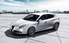 Обои автомобили Alfa Romeo Giulietta - 2016