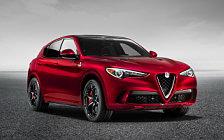 Обои автомобили Alfa Romeo Stelvio Quadrifoglio - 2017