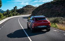 Обои автомобили Aston Martin DBX - 2020