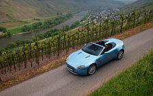 Обои автомобили Aston Martin V8 Vantage Roadster Glacial Blue - 2008