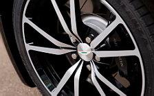 Обои автомобили Aston Martin V8 Vantage N420 Roadster - 2010