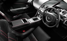 Обои автомобили Aston Martin V8 Vantage Roadster - 2010