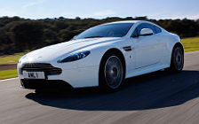Cars wallpapers Aston Martin V8 Vantage S Stratus White - 2011