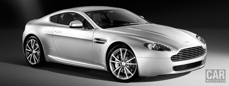Обои автомобили Aston Martin V8 Vantage - 2010 - Car wallpapers