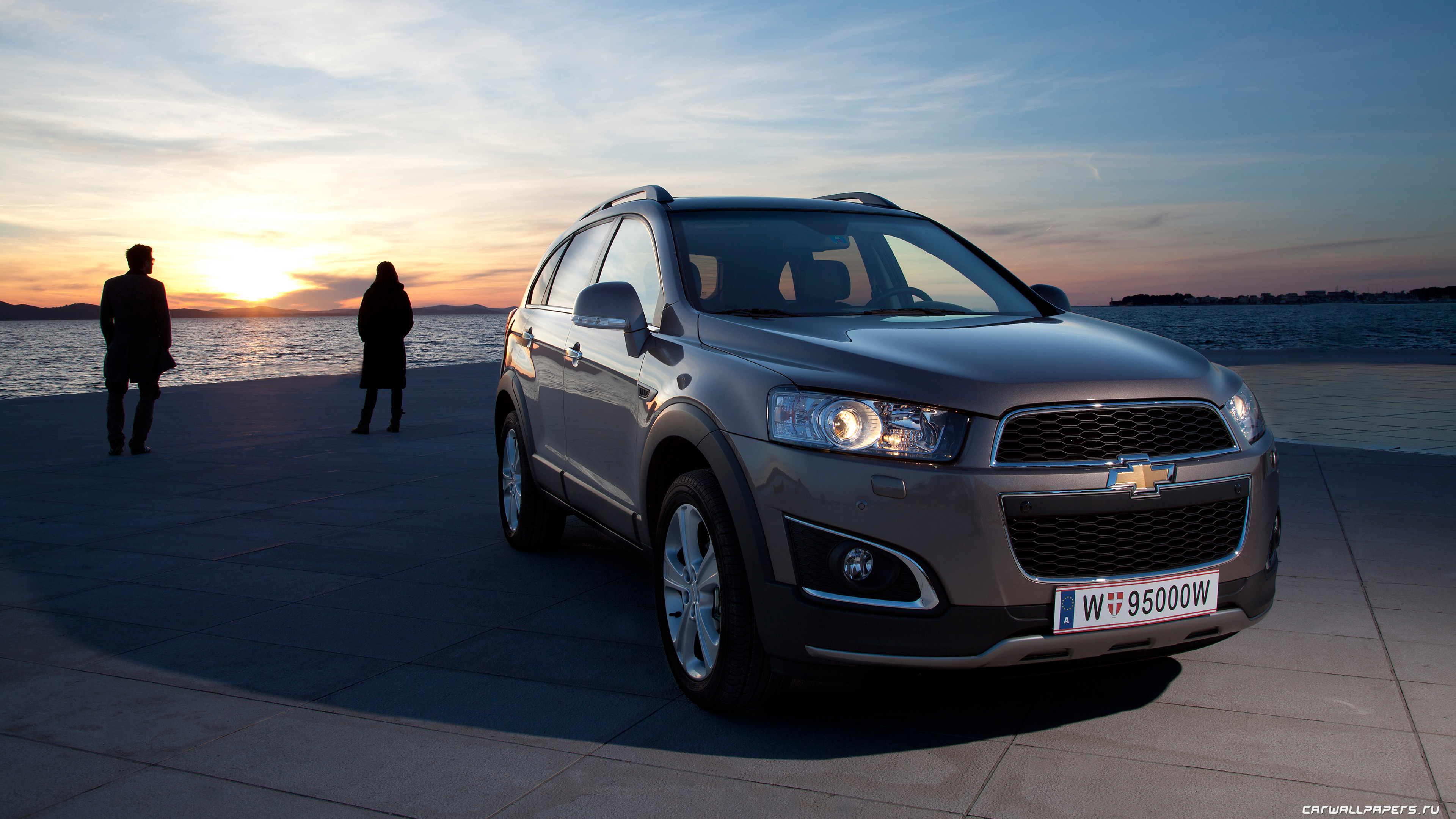 captiva The redefined turbo-diesel captiva boasts of unparalleled refinement and practicality when it comes to compact suvs.