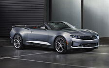 Обои автомобили Chevrolet Camaro RS Convertible - 2018