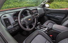 Обои автомобили Chevrolet Colorado Z71 Crew Cab - 2015