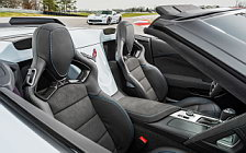 Обои автомобили Chevrolet Corvette Grand Sport Carbon 65 Edition Convertible - 2017