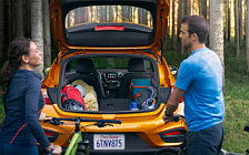 Обои автомобили Chevrolet Cruze Premier RS Hatchback - 2017