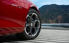 Обои автомобили Chevrolet Malibu RS - 2018