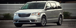 Chrysler Town & Country - 2011