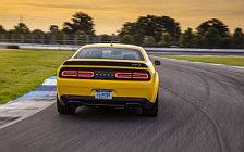 Обои автомобили Dodge Challenger SRT Hellcat Widebody - 2017