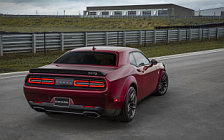 Обои автомобили Dodge Challenger SRT Hellcat Widebody - 2017