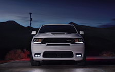 Обои автомобили Dodge Durango SRT - 2017