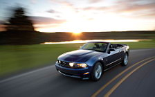 Cars wallpapers Ford Mustang Convertible - 2010