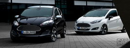 Ford Fiesta Black & White - 2015