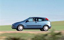 Cars wallpapers Ford Focus Hatchback 3door - 2001