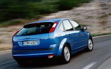 Cars wallpapers Ford Focus Hatchback 5door - 2004
