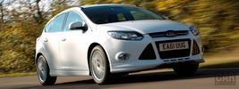Ford Focus Zetec S UK - 2012