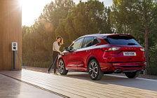 Обои автомобили Ford Kuga Plug-in Hybrid ST-Line - 2019