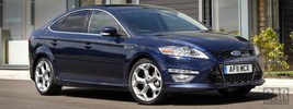 Ford Mondeo Hatchback Titanium X UK-spec - 2011